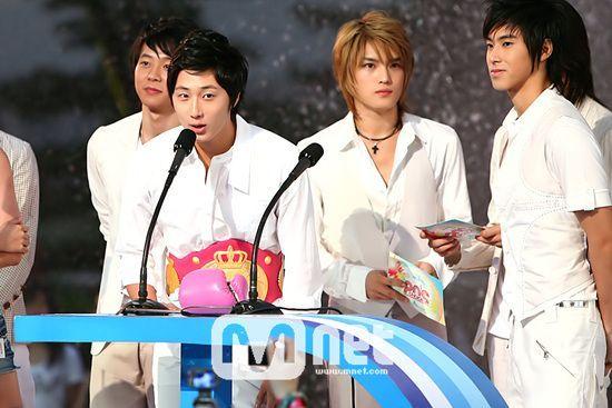 Mnet-20s-choice 6-2007 8 21.jpg