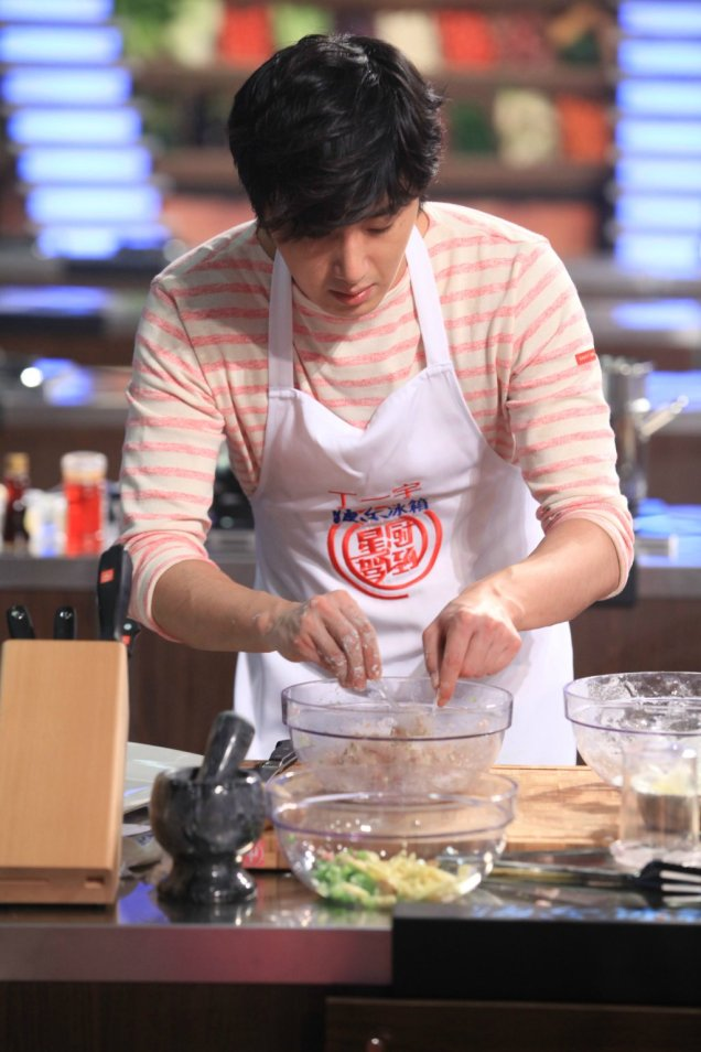 2015 4 Jung Il-woo in Star Chef Episode 2 13