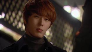 2011 12 12.Jung II-woo in FBRS Ep 13 00008