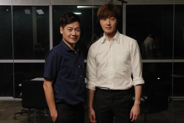 Jung Il woo in Behind the Scenes of Love and Lies. With male actors. 5