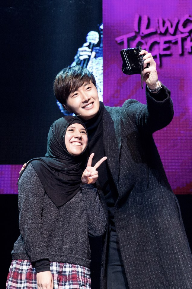 2014 11 22 Jung II-woo in his Fourth Korean Fan Meet. Cr.jungilwoo.com 37