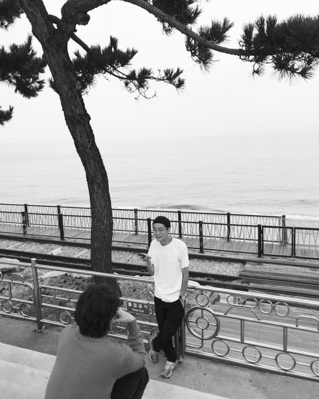 Jung Il woo making his calendar 2020. Cr. Jung Il woo. 3