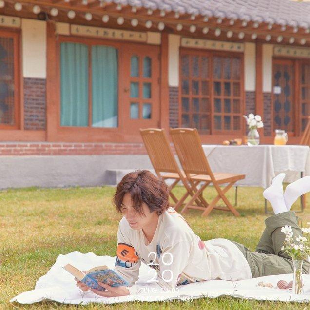 Jung Il woo making his calendar 2020. Cr. Jung Il woo. 6