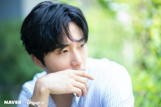 2020 6 15 Jung Il woo in a gorgeous photo shoot. Cr. Dispatch, Naver.9