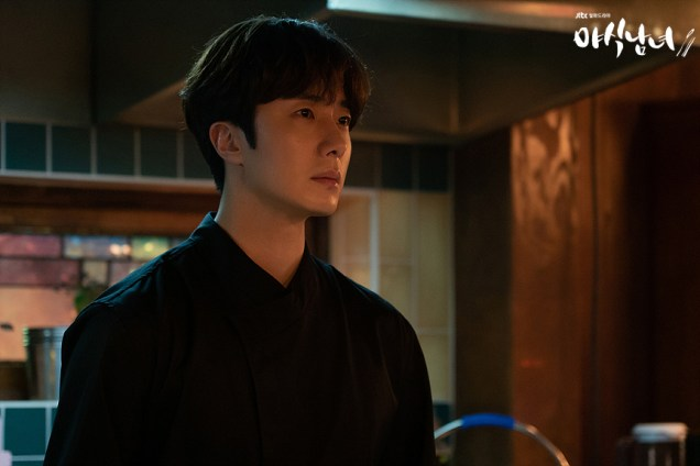 Jung Il woo in Sweet Munchies Episode 12. JTBC Stills 1