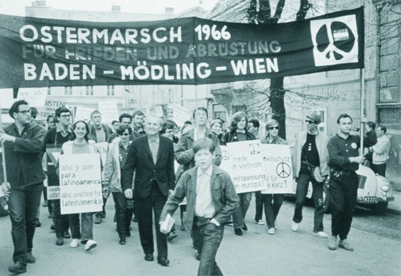 robertjungk_ostermarschbewegung_wien1966