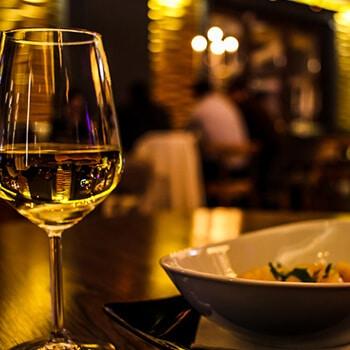 wine-gallery-4-free-img.jpg