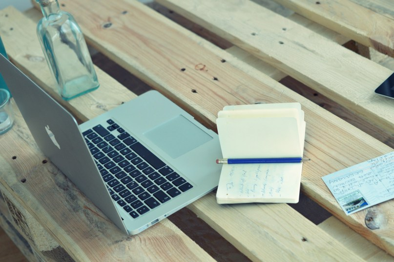 Laptop Desk 2 AuthenticSnaps