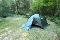 Unser Stellplatz auf dem Canisbay Lake Campground