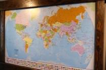 Weltkarte mit Pins der Besucher (erst kürzlich aufgehängt)