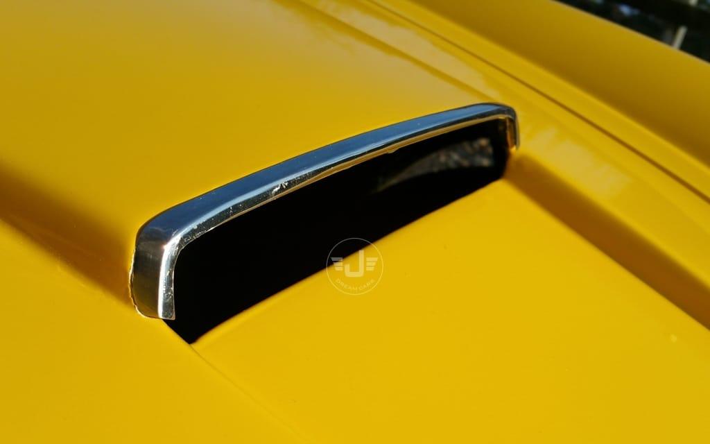 250 Spyder Geel