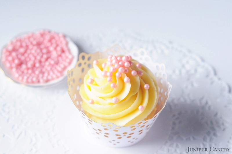 Tutorial Tuesday: How to Custom Colour Your Own Sprinkles!
