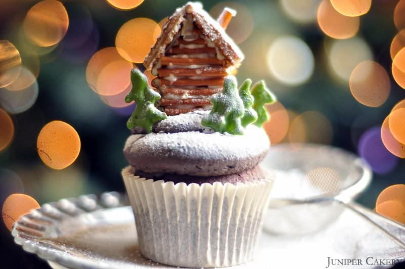 Log cabin cupcake tutorial by Juniper Cakery