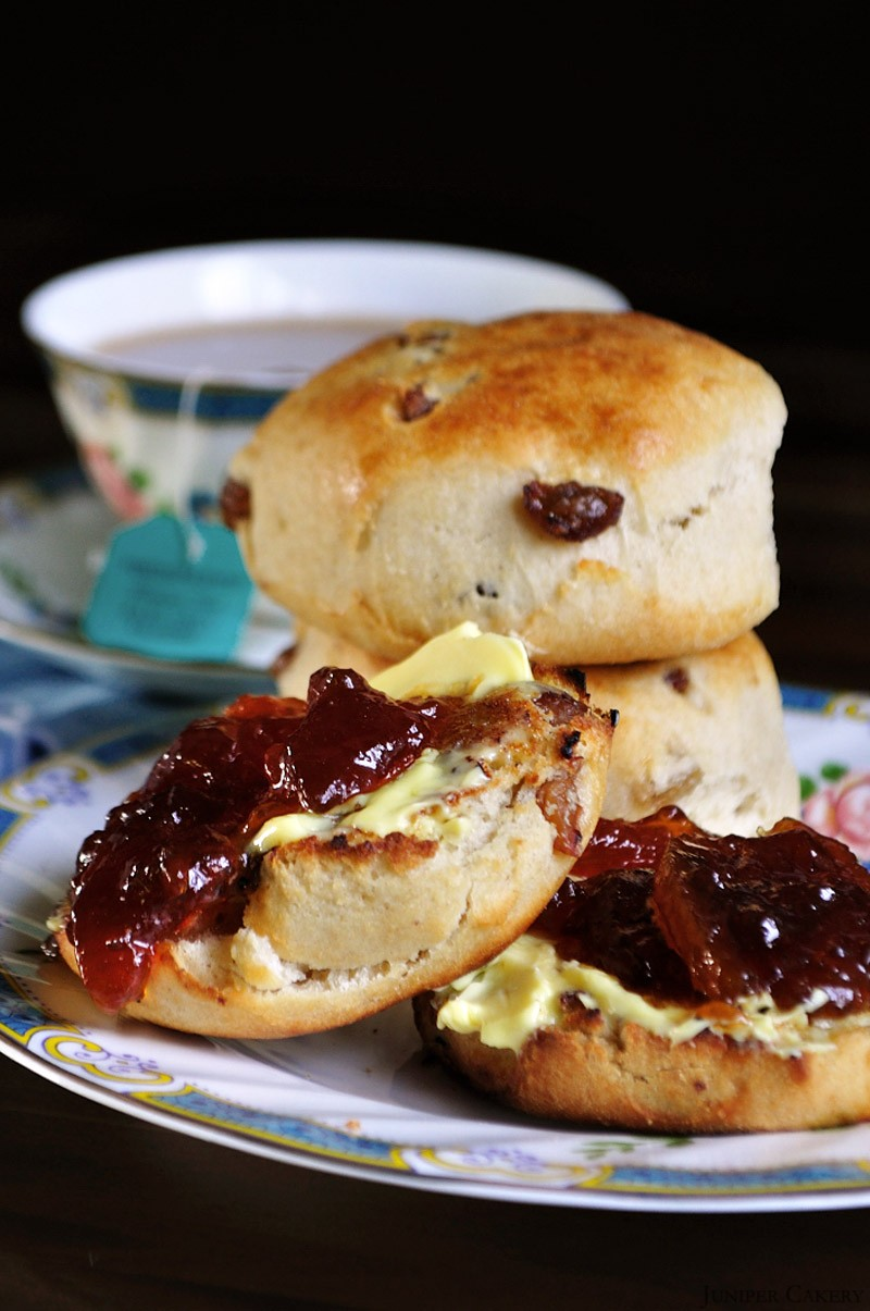 Earl Grey, Apricot and Sultana Scones