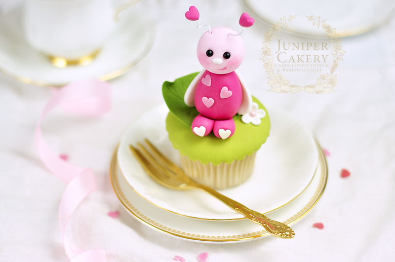 Valentine Love Bug cupcake tutorial by Juniper Cakery