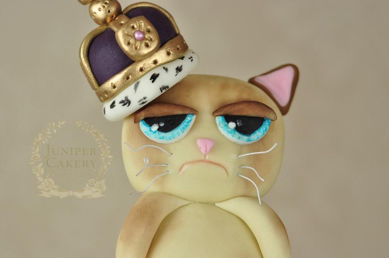 Queen Grumpy Cat cake by Juniper Cakery
