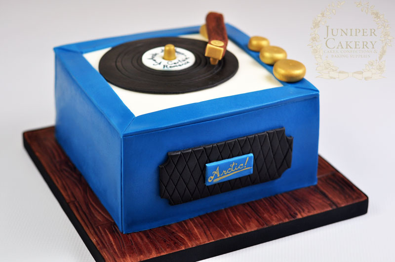 Retro record player birthday cake by Juniper Cakery