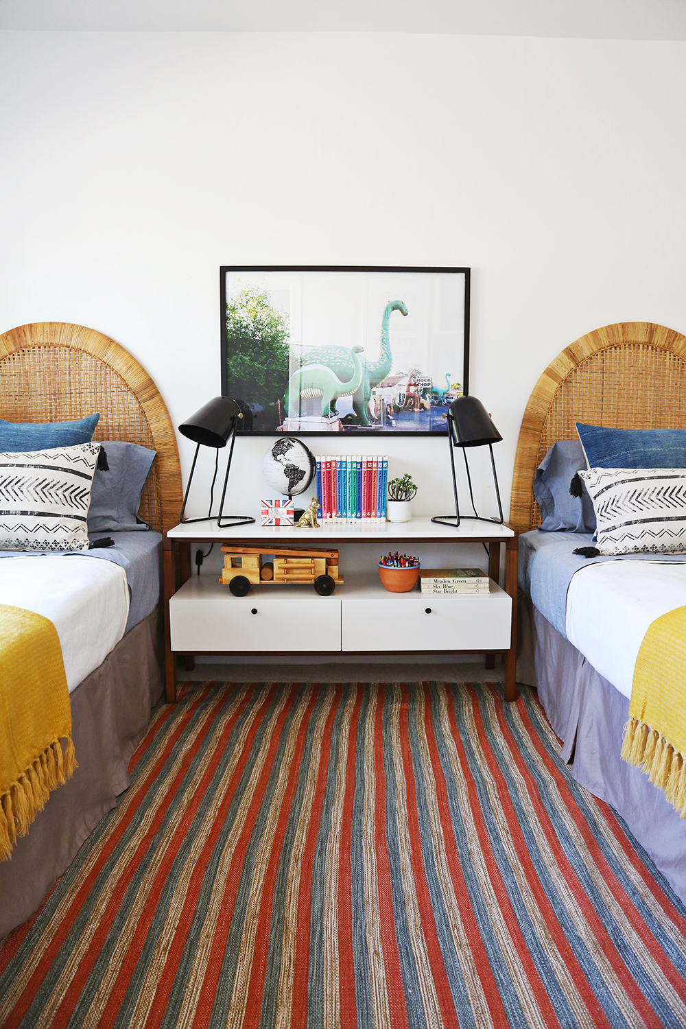 using two twin beds in a kids space