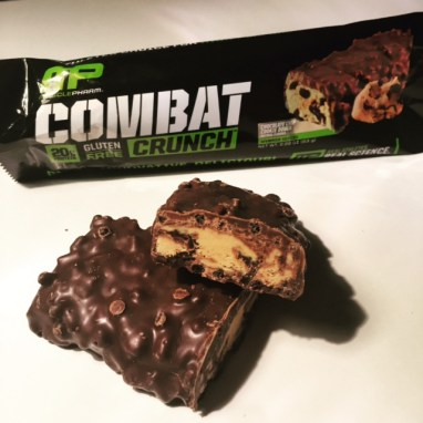 MusclePharn Combat Crunch Chocolate Chip Cookie Dough