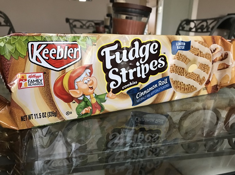 Keebler Cinnamon Roll Fudge Stripes