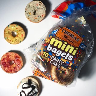 Thomas' Party Cake Mini Bagels