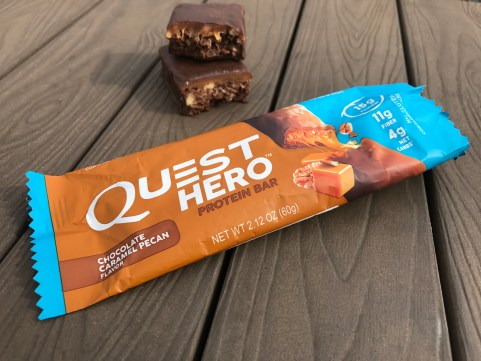 Chocolate Caramel Pecan Quest Hero Bar