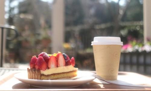 街中の庭園カフェ!栄『フラリエ』で断萌サンドと季節のタルトでお得にランチ!