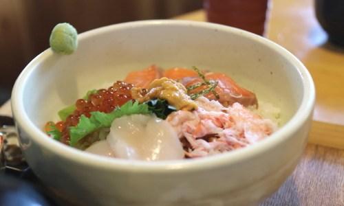 知多・野間『海鮮工房 なみ平』海鮮丼、大エビフライ、知多牛ランチが安くてうまい!ランチメニューは?値段は?
