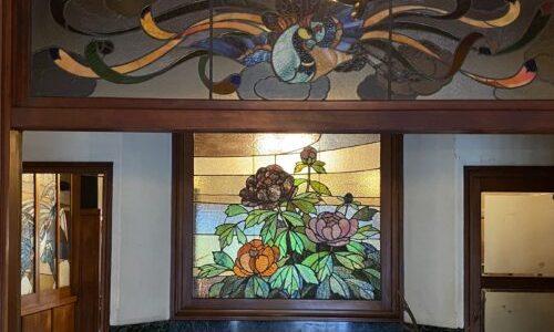 京都・丹波口『きんせ旅館』江戸時代の揚屋をリノベーションした和モダンでアンティークなカフェ&バー