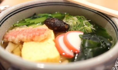 名古屋駅エスカ『吉田きしめん』明治23年創業、国産小麦100%つるつる麺!お味やメニューなど