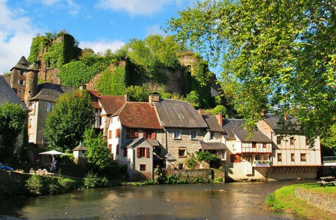 france-limousin-segur-le-chateau