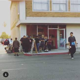 Street view of The Alley Gallery from @TheAlleyGallery (IG) - getting reading for the open mic event