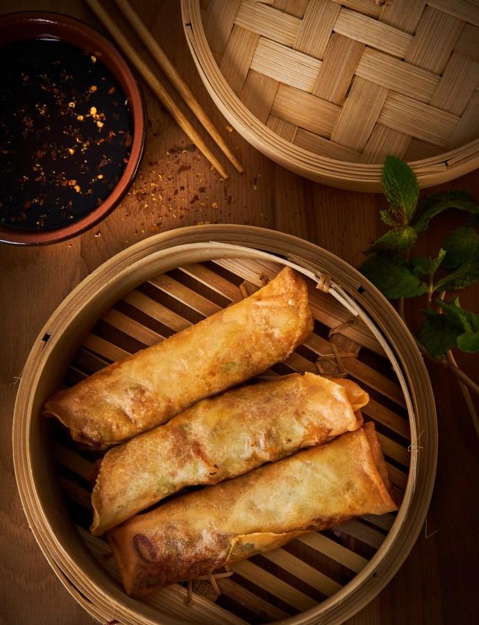 Nêmes – friterade vietnamesiska vårrullar