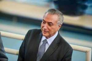 Ao lado de Macri, Temer defende fim de 'obstáculos ao comércio' no Mercosul