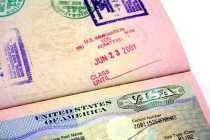 EUA revalidam cerca de 60 mil vistos revogados por decreto de Trump