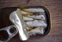 Venda de sardinha em lata
