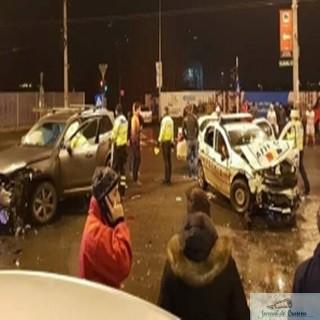 Accident Grav:O masină a intrat in 3 politisti si un jandarm 1