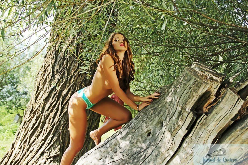 Pictorial INCENDIAR cu Otilia Bilionera, facut intr-o padure de langa Bucuresti! Fotografii EXCLUSIVE 12