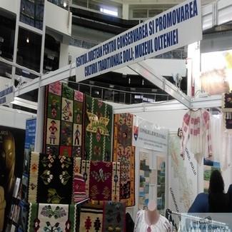 Centrul Judetean pentru Conservarea si Promovarea Culturii Traditionale Dolj,  cu traditii doljene la Targul de Turism al Olteniei 1