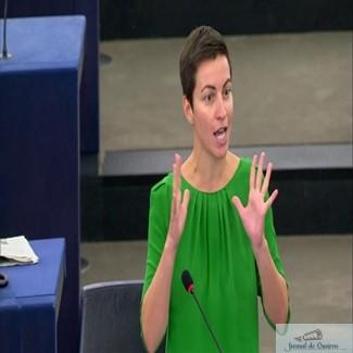 Co-presedinta Verzilor ii calca-n picioare Guvernul! Ska Keller: Guvernul Romaniei, care vrea sa legalizeze coruptia, incearca sa o discrediteze pe Kovesi. Cerem statelor membre sa arate ca sunt de partea justitiei si sa nu cedeze presiunilor. 1