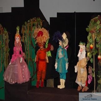 """Teatrul Colibri Craiova, cu doua spectacole la Festivalul de Teatru pentru Copii """"FEST KIDS"""" Caracal 1"""