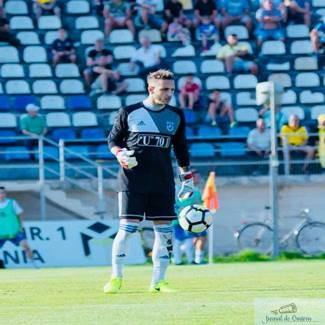 Fotbal : Raducu Mogosanu a trecut cu bine de operatie si ramane sub supravegherea medicilor