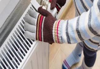 O avarie la reteaua de termoficare lasa 6 cartiere din Craiova fara apa calda si incalzire