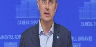 Presedintele USR, Dan Barna a convocat un referendum intern prin care membrii USR sa asume o doctrina de centru dreapta modern