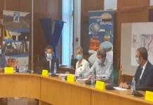 S-au semnat contractele pentru construcția ultimelor două tronsoane ale Drumului Expres Craiova - Pitești