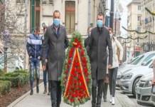 PNL Dolj a depus o coroană de flori în memoria eroilor Revolutiei din 1989