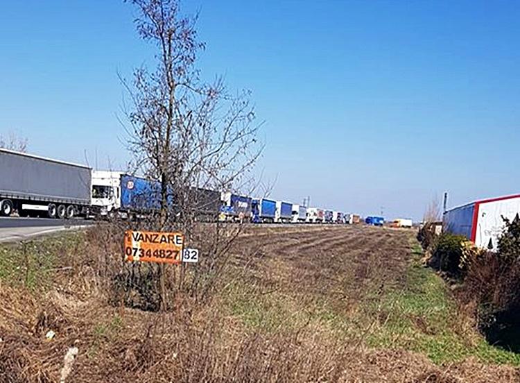 Restricții în Ungaria. Coadă de camioane din Petea până în Satu Mare!