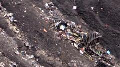 Omul care aduce moartea. Cutia neagră a avionului Germanwings scoate la iveală prăbuşirea intenţionată a aparatului
