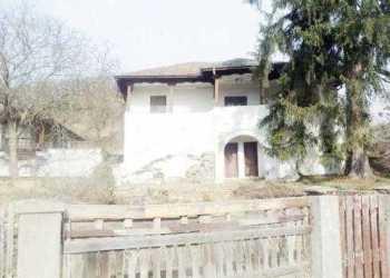 """Adio, casă memorială! Casa """"Liviu Rebreanu"""" devine casă privată 1"""
