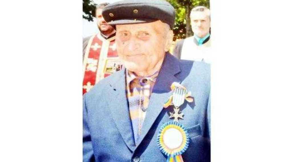 """Veteranul de război Toma Duminică de la Stolnici, ajuns la 100 de ani: """"Tată... războiul e frumos să te uiţi la el, nu să lupţi!"""" 2"""